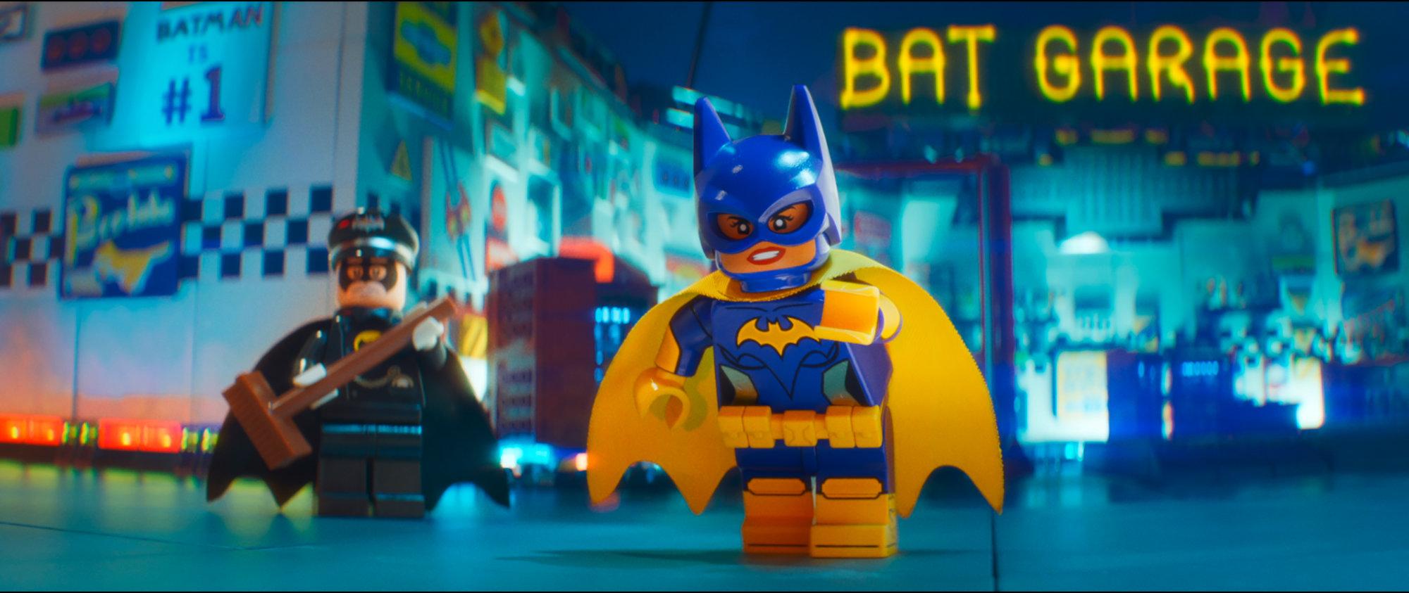 Batgirl in Alfred v Lego batman filmu