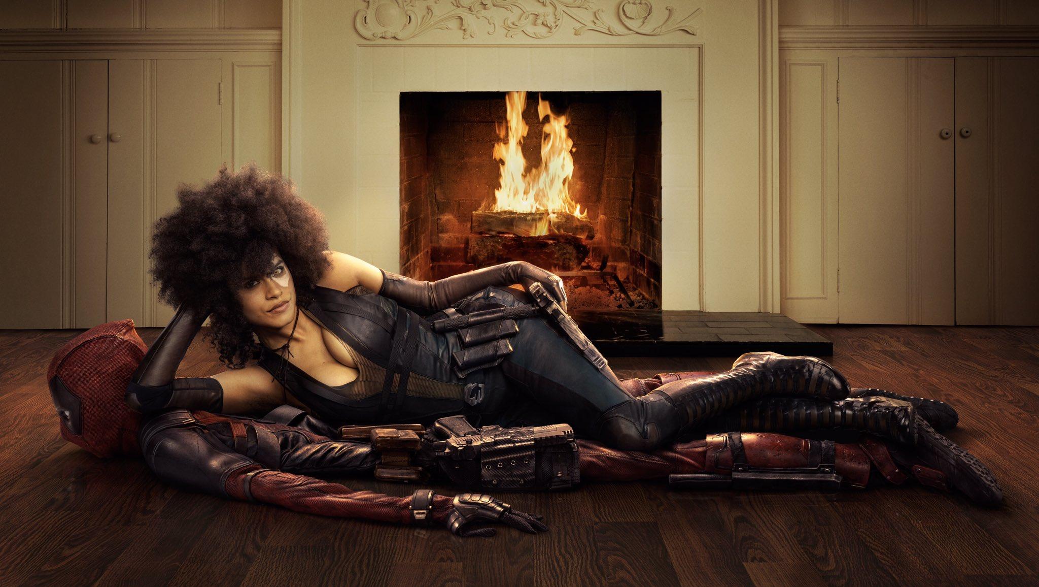 Zazie Beetz kot Domino in Ryan Reynolds kot Deadpool v filmu Deadpool 2