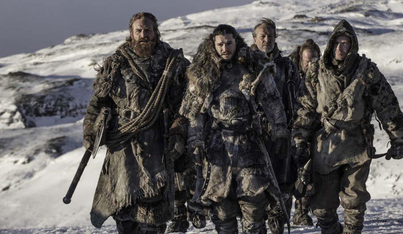 Jon Sneg in odpadniki v seriji Igra prestolov (Game of Thrones), epizoda Onkraj Zidu