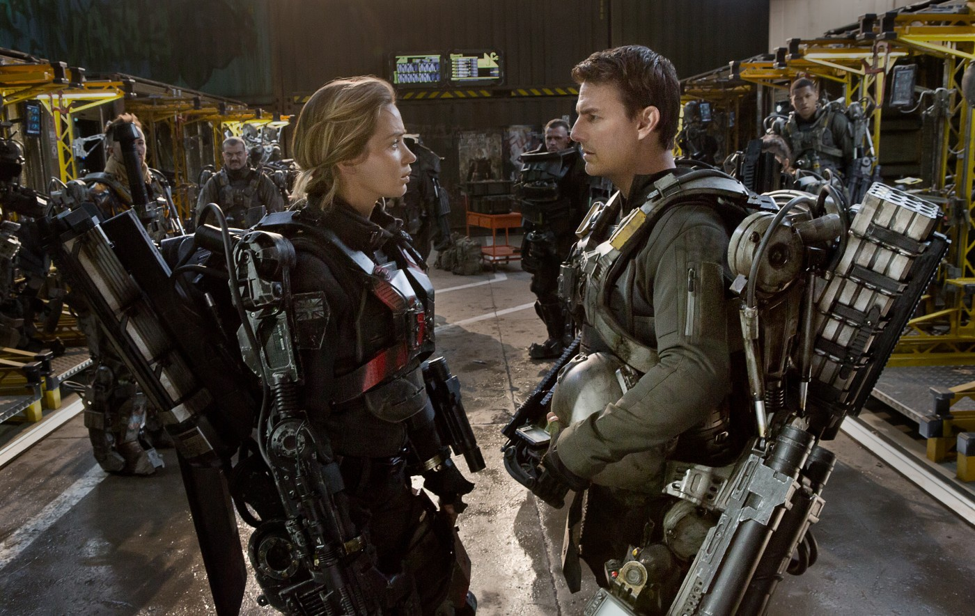 Emily Blunt in Tom Cruise v filmu Na robu jutrišnjega dne Edge of Tomorrow