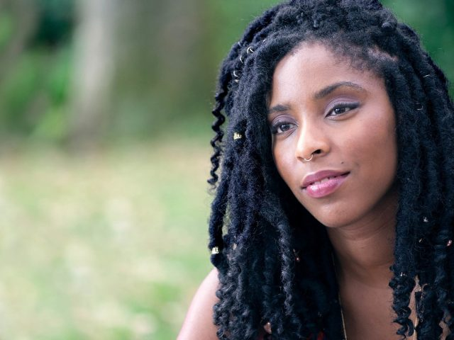 Romanca tedna: Neverjetna Jessica James* (The Incredible Jessica James)