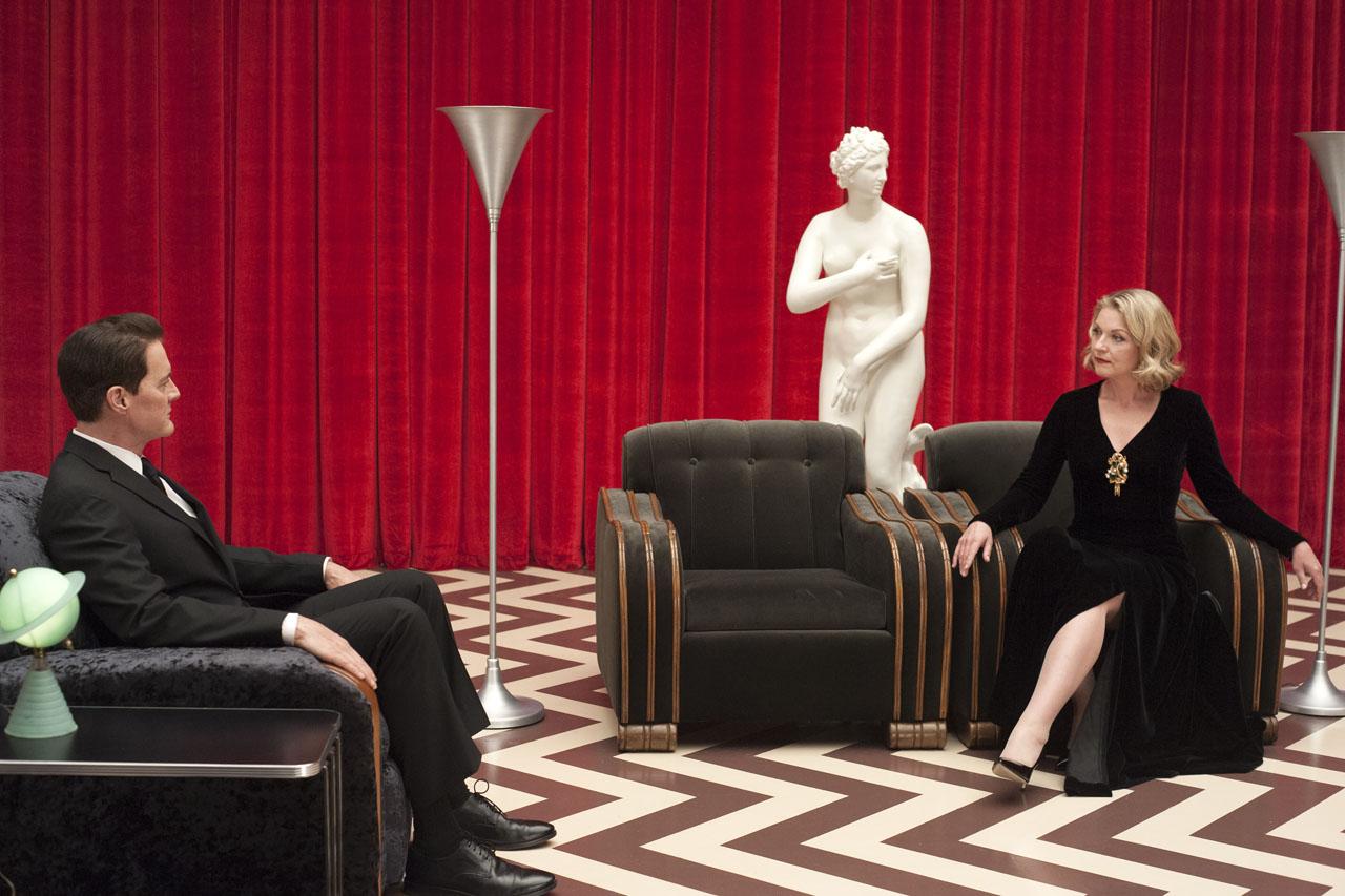 Kyle MacLachlan in Sheryl Lee v seriji Twin Peaks.