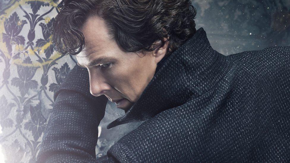 Benedict Cumberbatch v seriji Sherlock.