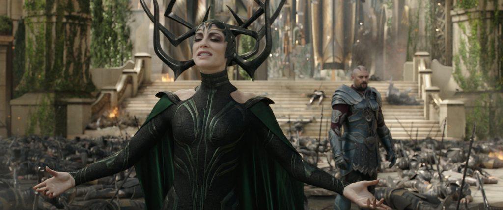 Cate Blanchett v filmu Thor: Ragnarok.