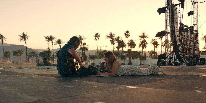 Bradley Cooper in Lady Gaga v filmu Zvezda je rojena A Star is born