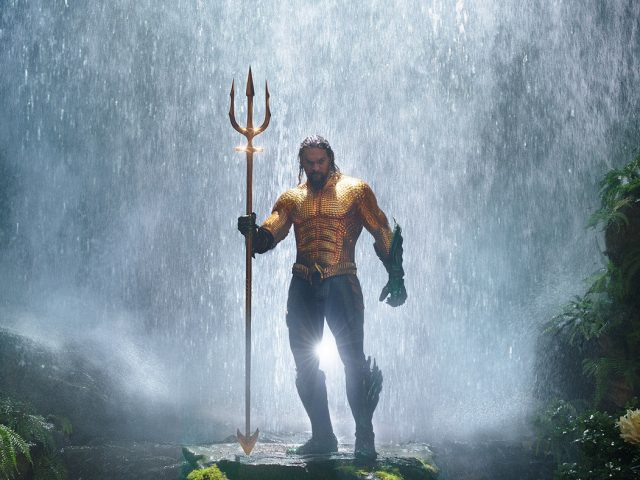 Aquaman jemlje prednost Batmanu in Supermanu